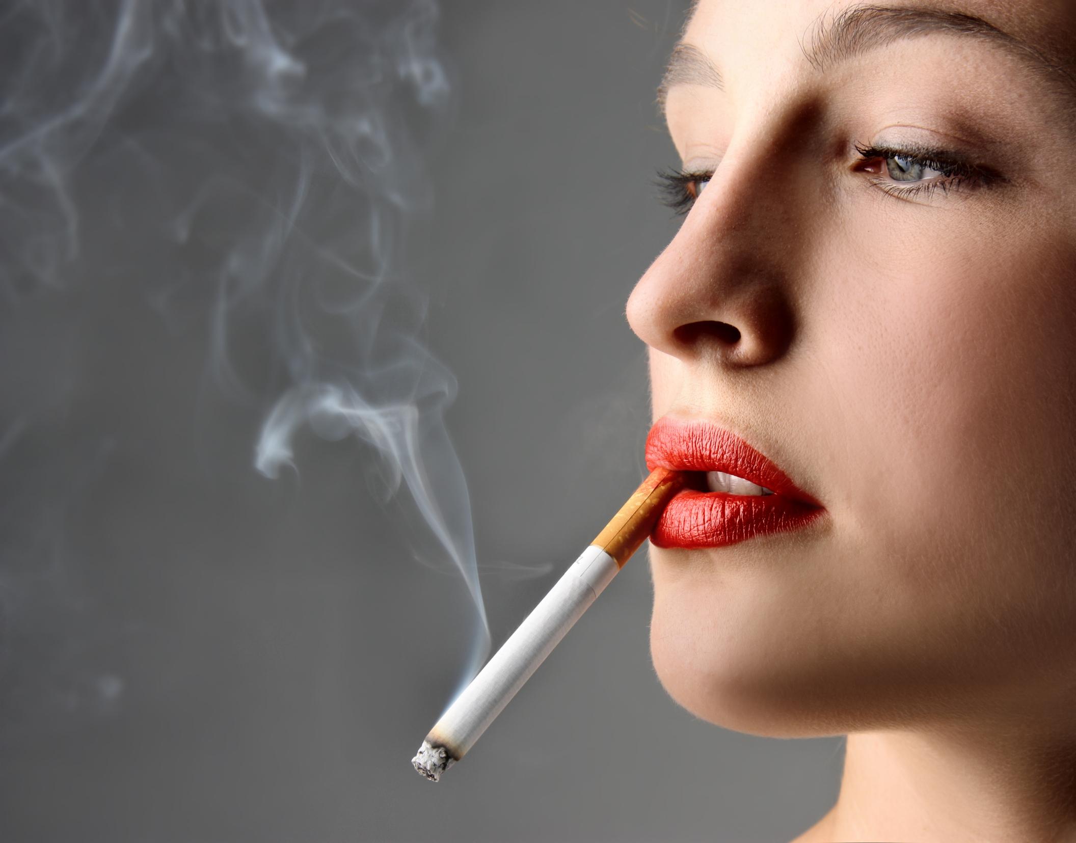 Как избавиться от табачного дыма на волосах
