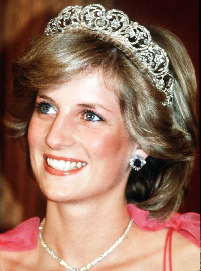 2. Диана изменила слова своей свадебной клятвы королевская семья, принцесса диана, светская жизнь, факты
