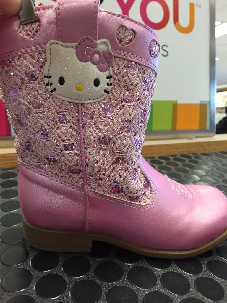 3. Конечно, если на твой размер вообще делают туфли на каблуках для девушек, жизненное, обувь