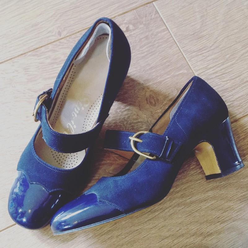 15. Зато ты с легкостью найдешь крутые винтажные туфли своего размера! для девушек, жизненное, обувь