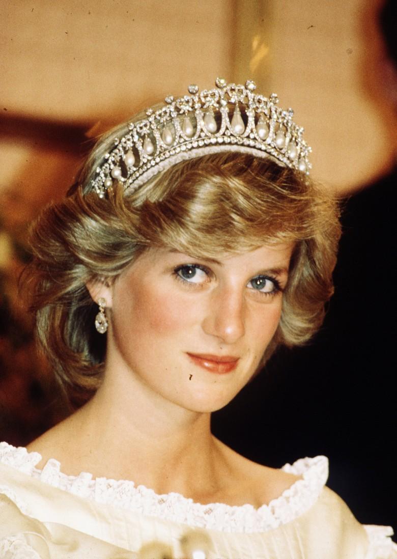 1. У Дианы были депрессия и булимия королевская семья, принцесса диана, светская жизнь, факты