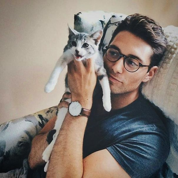 hot-dudes-with-kittens-instagram-55__605