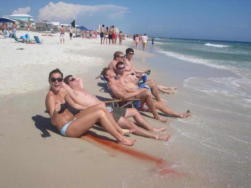Когда случайно порезала ногу на пляже неловкость, прикол, юмор