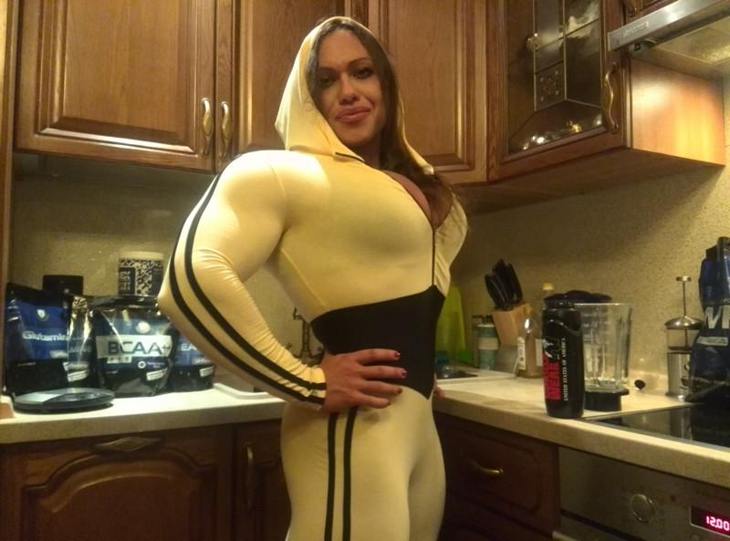 Умопомрачительные барышни до и после стероидов бодибилдерши, мужеподобные женщины, спортсменки, стероиды