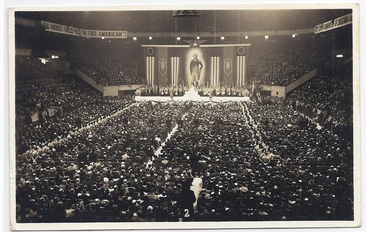 Собрание нацистов США в «Мэдисон–сквер–гарден». Нью–Йорк. 1939 год