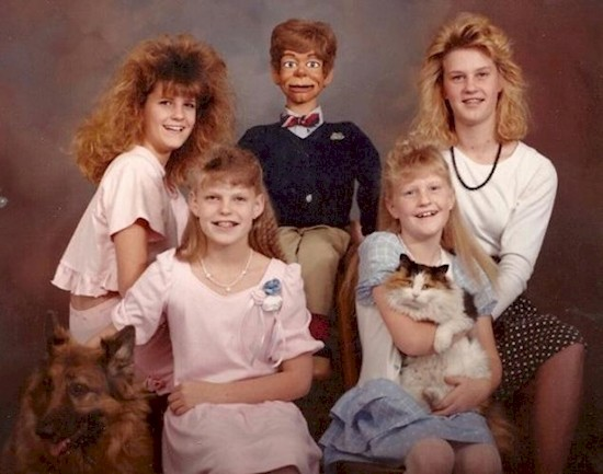 Тут явно что-то не так прикол, семейные фотографии, юмор