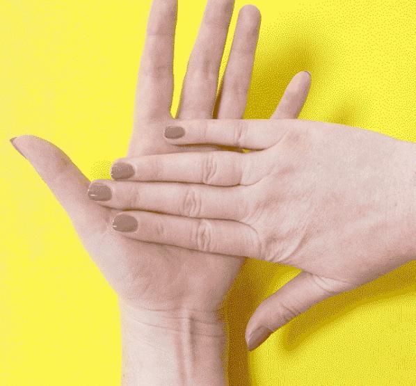 Ладонь: то тошнит, то пучит палец, советы, факты