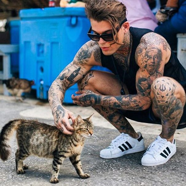 hot-dudes-with-kittens-instagram-62__605