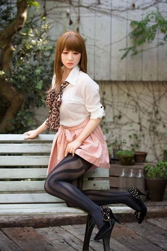 Японцы увлеклись силиконовыми подружками про любовь, резиновые куклы, япония
