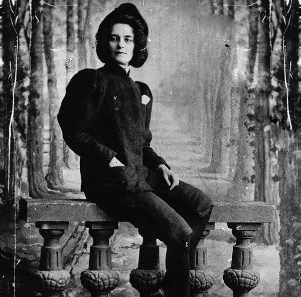 Зинаида Гиппиус, поэтесса, критик, драматург девушки, история, факты