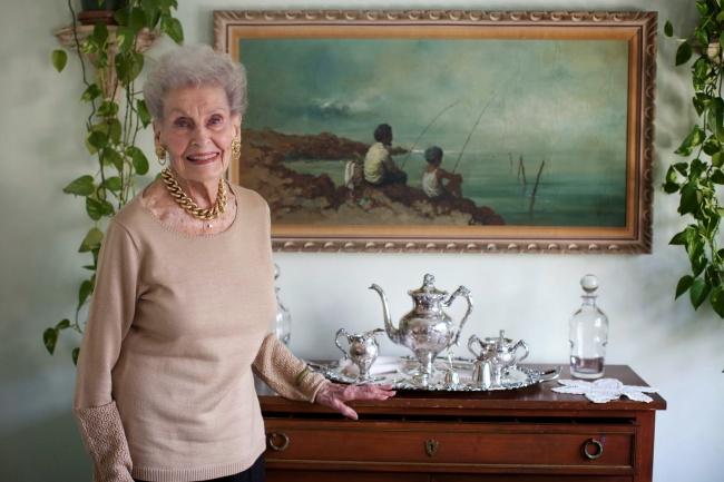 Рут Кобин, 102 года. Занимается пилатесом, играет в «Словодел» и никогда не смотрит в календарь