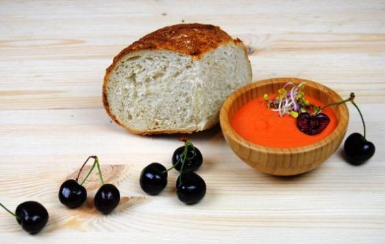 сальморехо - крем-суп с вишнями