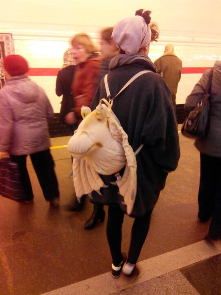 25. Бедный Джа-Джа... люди, метро, мода, настроение